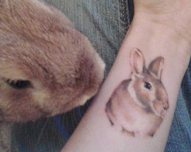 65 Tatuagens de coelho lindas e inspiradoras