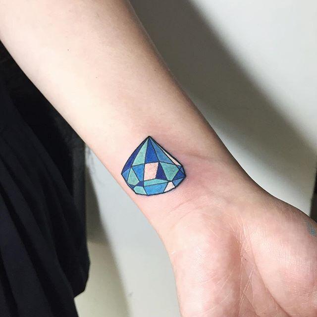 65 Tatuagens De Diamante Belissimas E Inspiradoras