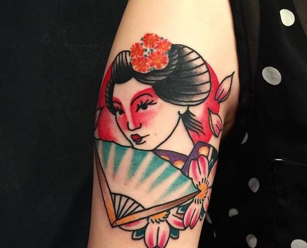 65 Tatuagens de gueixa lindas e inspiradoras
