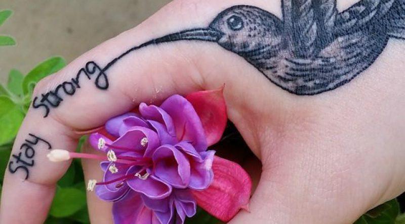 65 tatuagens de beija-flor com fotos e desenhos para você se inspirar