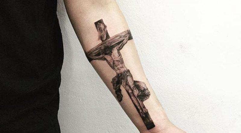 70 tatuagens de Jesus Cristo que demonstram a devoção e a fé
