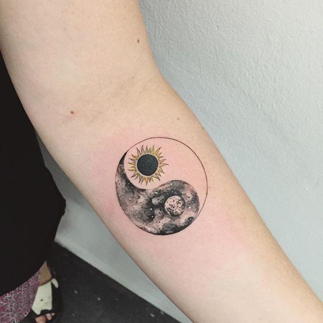 60 Tatuagens De Sol Bel 237 Ssimas E Inspiradoras