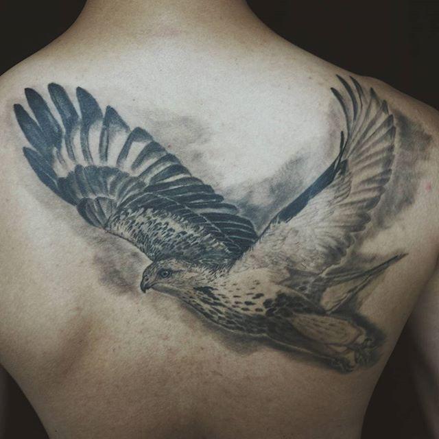 a51aa8bde9 65 Tatuagens de Águia Inspiradoras