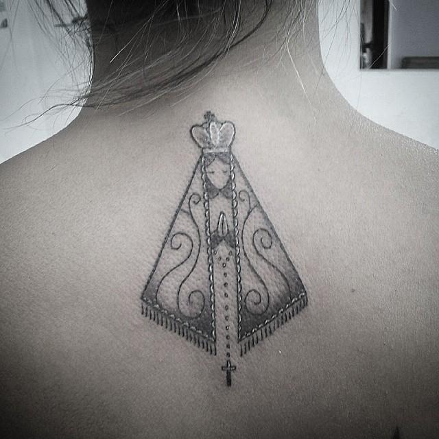 nossa senhora aparecida Tattoo Nas Costas