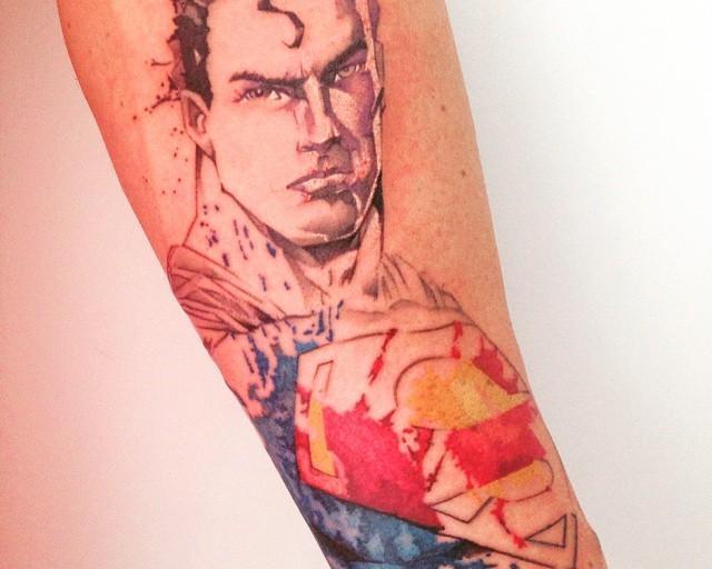 60 Tatuagens de Superman