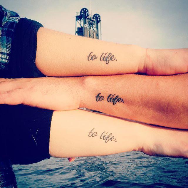 Tatuagem Amizade letra