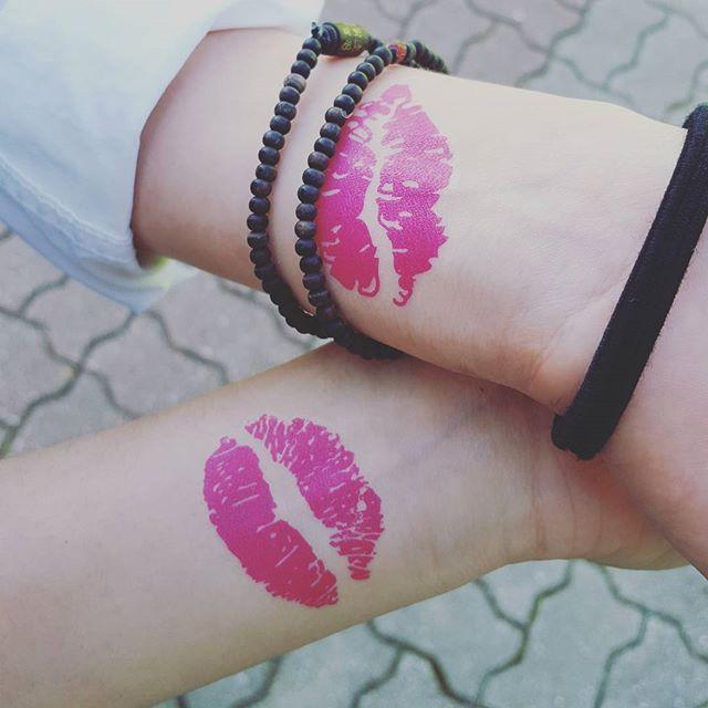 Beijos notáveis cheio de amor pra dar!