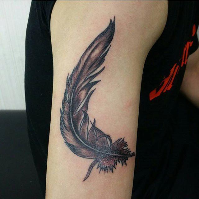 70 Tatuagens De Pena Criativas E Inspiradoras