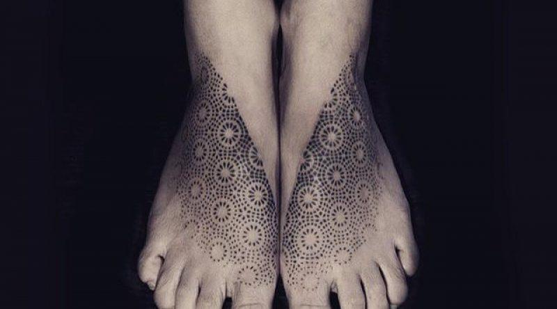 100 tatuagens no pé para você se inspirar e tatuar nesse local