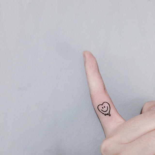 Tatuagens divertidas são sempre bem-vindas!