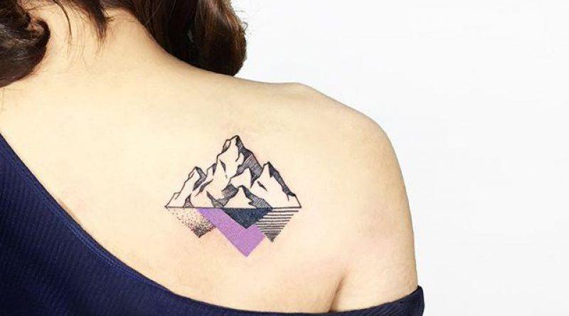 110 tatuagens femininas nas costas para buscar a inspiração que precisa