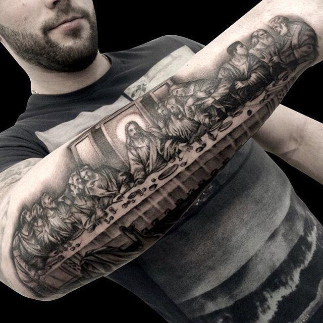 Tatuagem De Jesus Cristo Na Mesa
