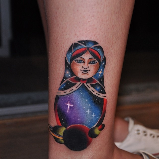 Matrioska representa a maternidade fertilidade, amor e amizade