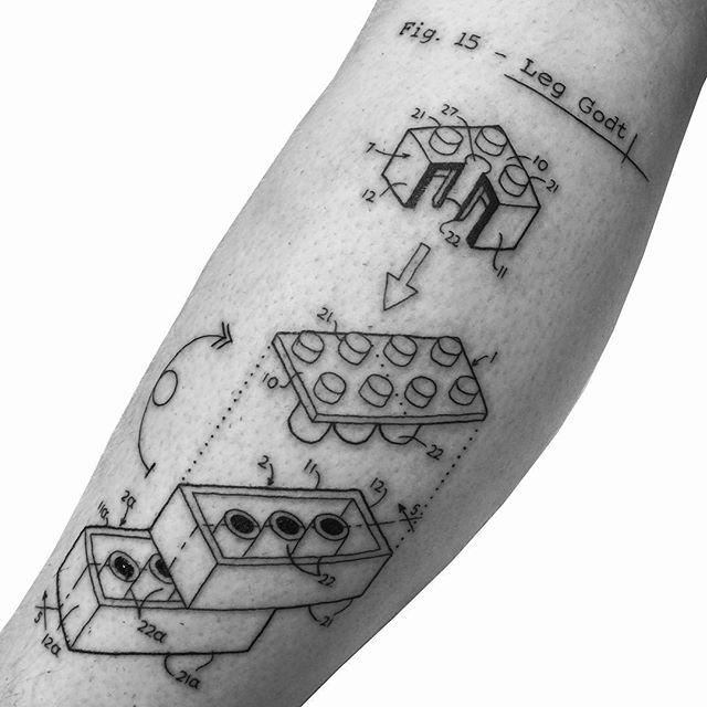 50 tatuagens de lego para os amantes do brinquedo tão famoso