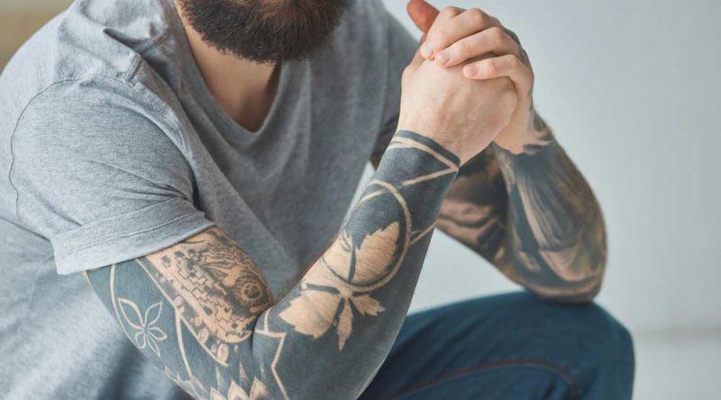 Como cuidar da tatuagem? Descubra 8 dicas essenciais para seguir