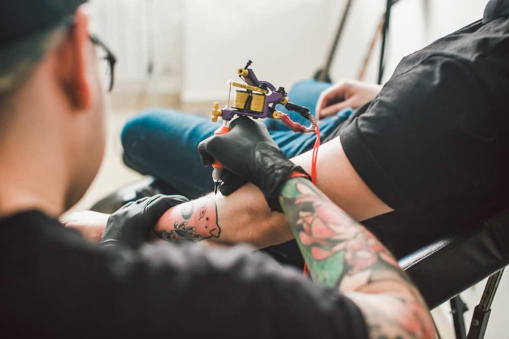 Como escolher um bom tatuador