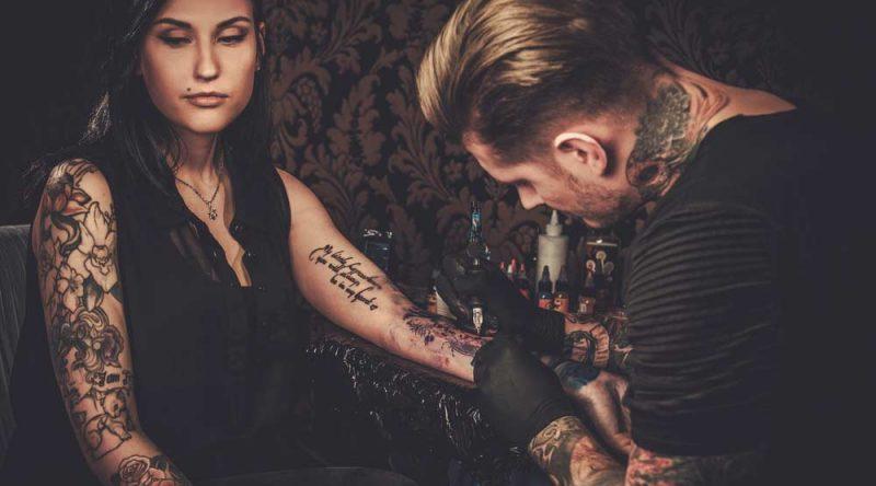 Como escolher um bom tatuador? Descubra em 7 dicas essenciais