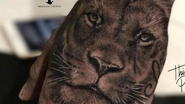 Tatuagem do Neymar nas mãos: Leão