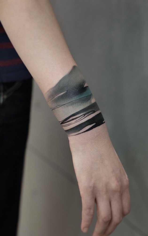 Que tal fazer uma tatuagem 3D que cubra seu pulso? Um lugar diferente e interessante para ter uma tattoo.