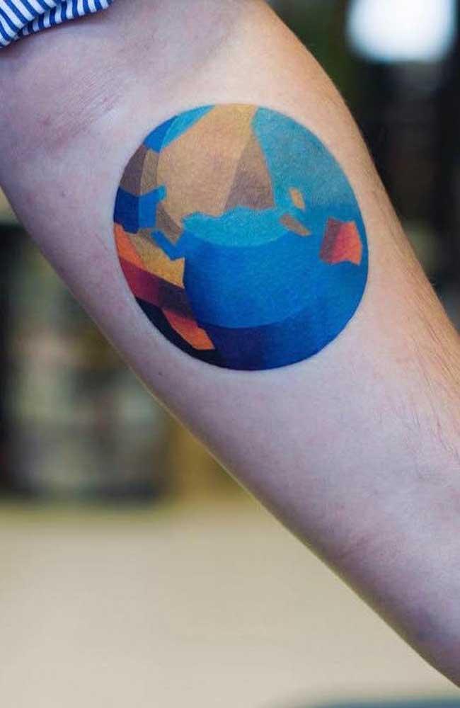 Que tal desenhar o mundo de uma forma diferente no seu antebraço?