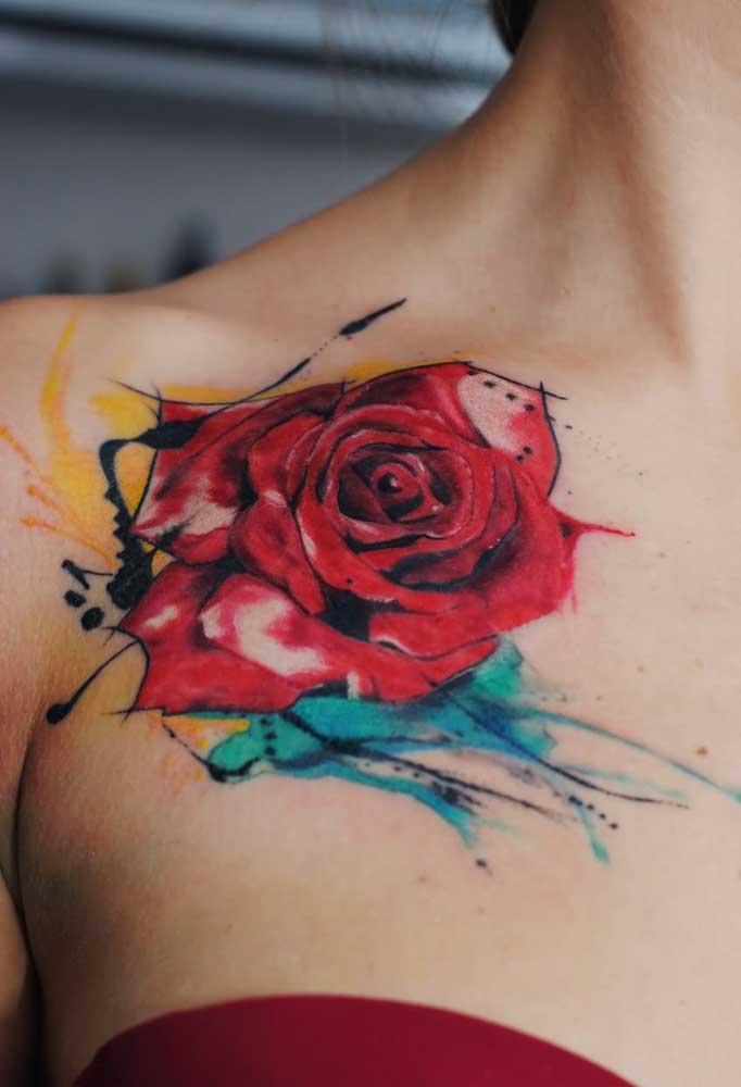 Uma rosa vermelha para pegar o coração dos apaixonados.
