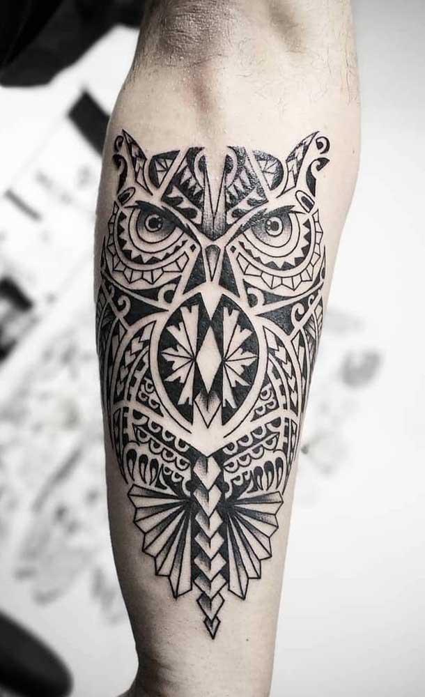 A coruja é um dos principais símbolos da cultura maori, não é à toa que muita gente opta em fazer uma tattoo com ela.