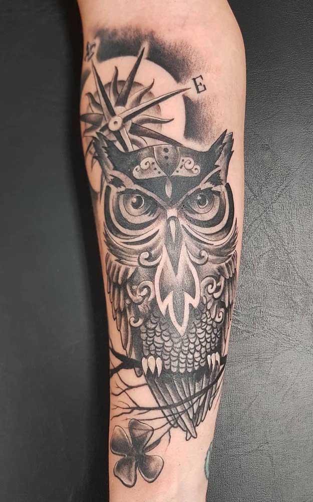 Ao invés de fazer um desenho maori, você pode aproveitar um dos símbolos da cultura para fazer algo mais personalizado.