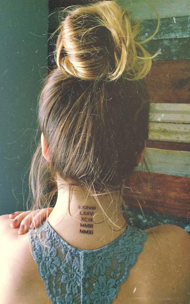 As citações e frases são muito usadas como desenho para tatuagem.