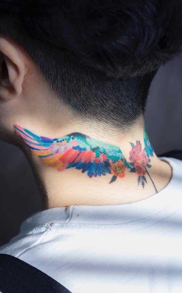 Agora se você não tem nenhum problema em fazer uma tatuagem que apareça, prefira as figuras coloridas.
