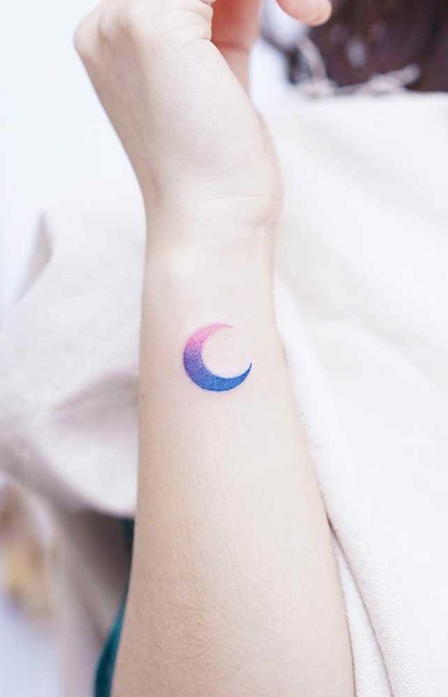 As mulheres gostam de tatuagens originais e delicadas, principalmente, quando elas são feitas no pulso.