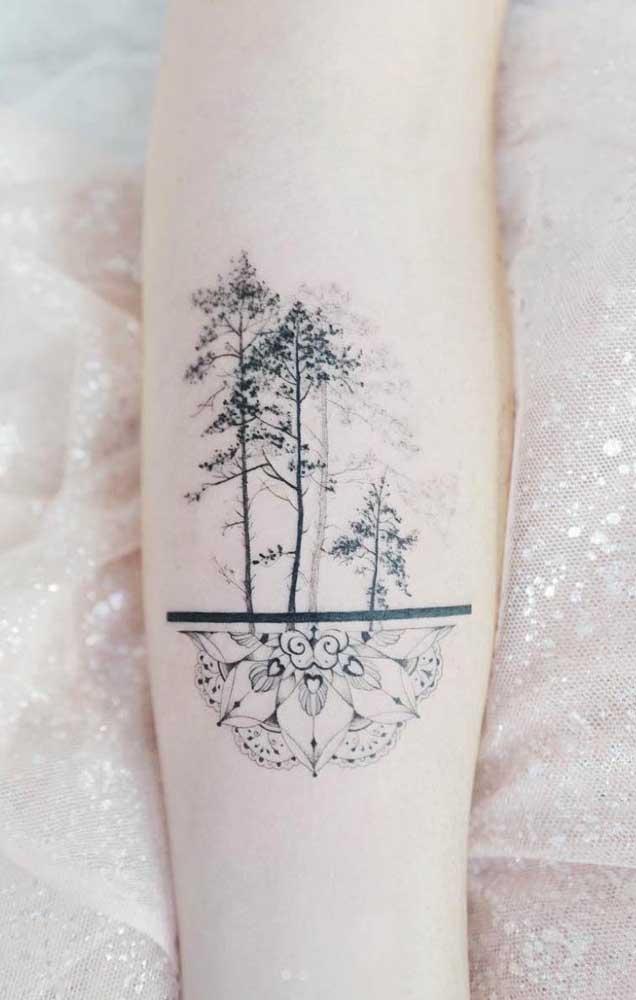 Faça uma tattoo que possa unir dois momentos da sua vida em uma imagem só.