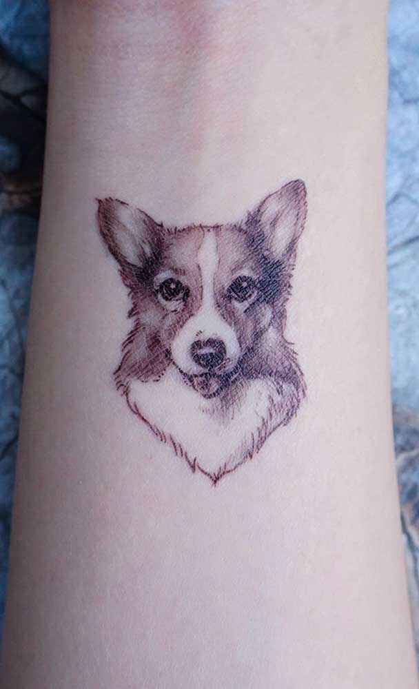 Outra opção de tatuagem realista com a imagem do seu cãozinho.