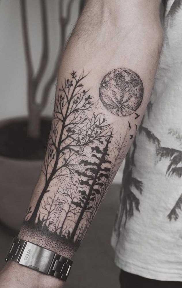 Os traços da tatuagem realista são bem complexos.