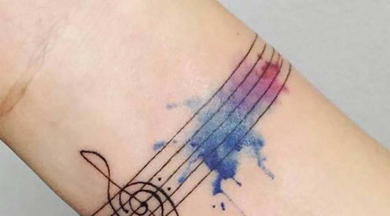 Tatuagem bracelete: tipos, estilos, cuidados e fotos inspiradoras