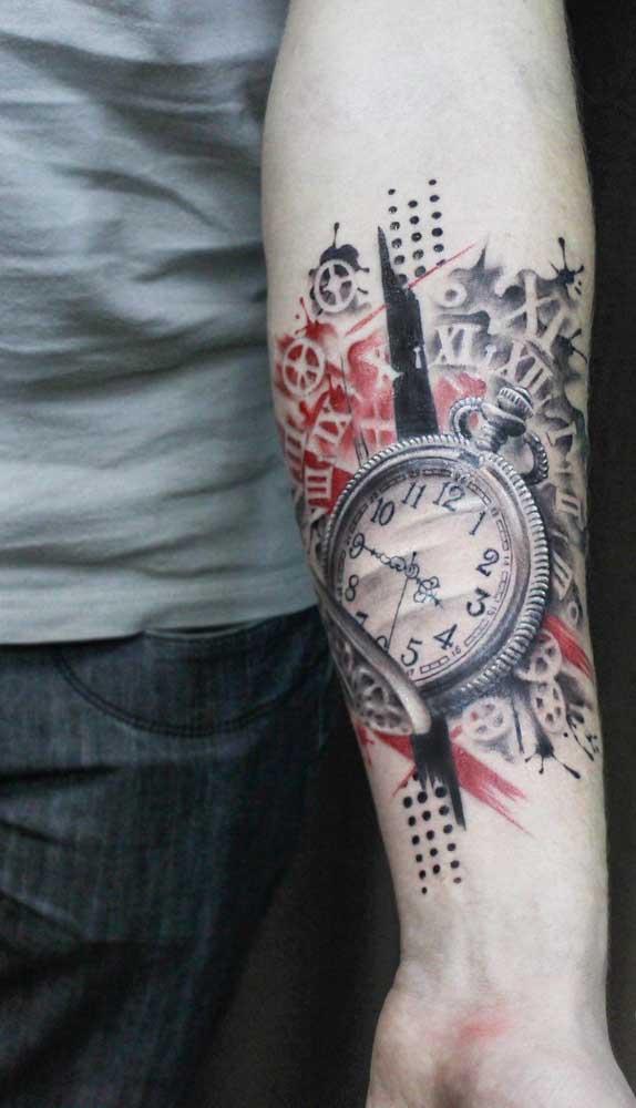 Você pode fazer uma tatuagem de relógio mais marcante.