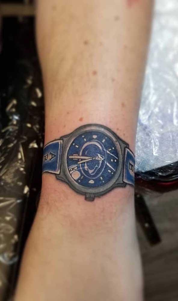 Se você deseja algo mais moderno, pode optar pelo relógio de pulso.