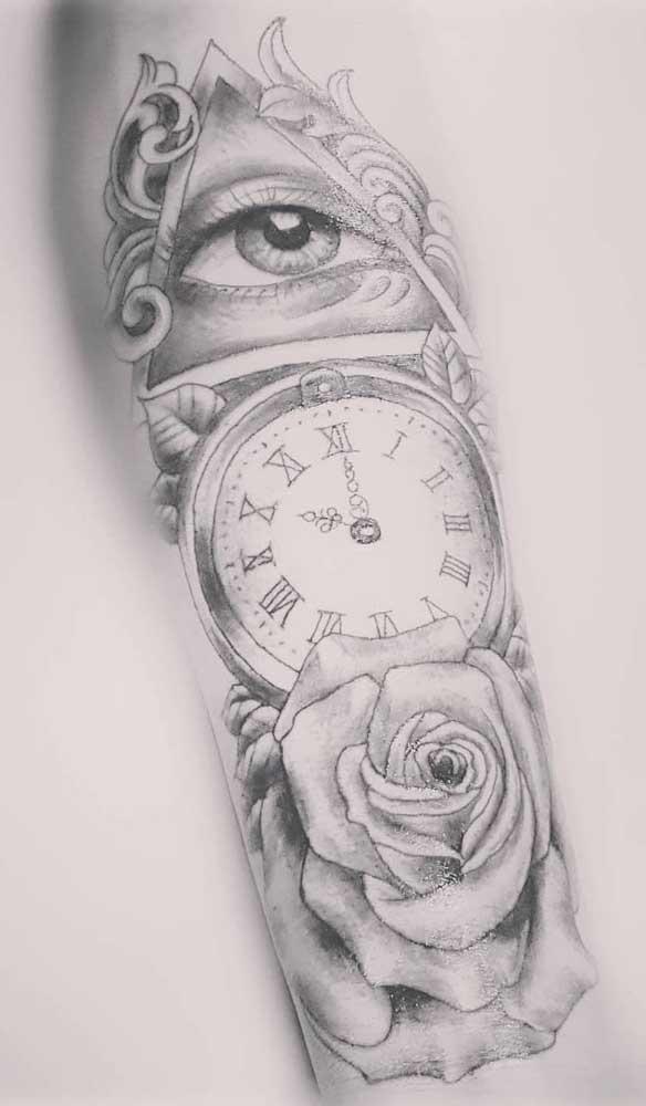 Combine vários elementos na hora de fazer a tatuagem de relógio.