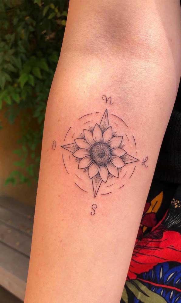 Use e abuse da criatividade na hora de fazer a tatuagem rosa dos ventos.