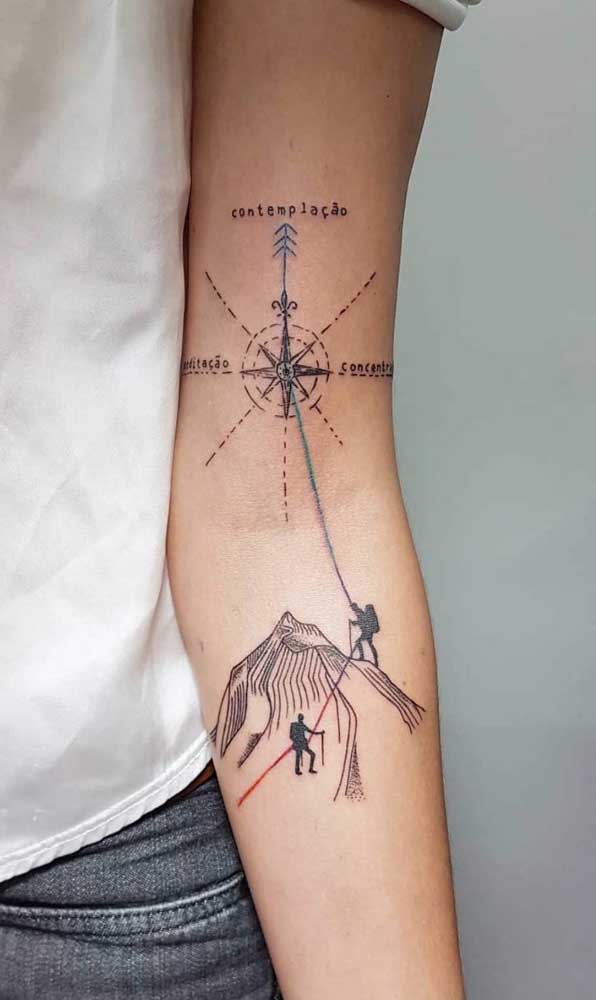 Duas tatuagens que se completam.