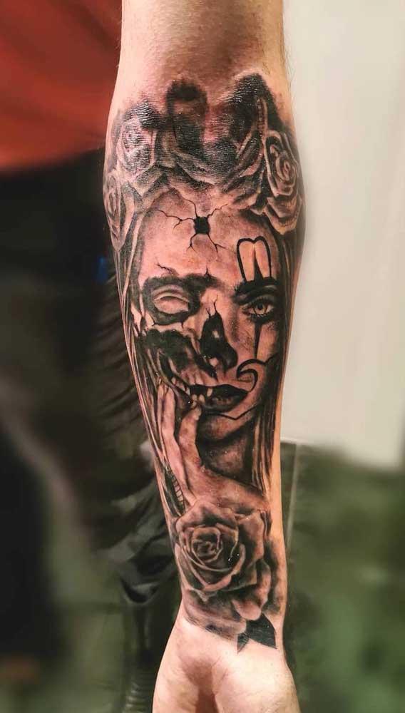 O mais bacana é que a tatuagem catrina pode ser feita tanto por homens quanto mulheres.