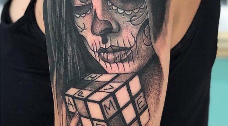 Tatuagem catrina: origem, significado, estilos e fotos inspiradoras
