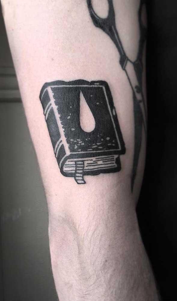 O que acha de investir em uma tatuagem mais tradicional?