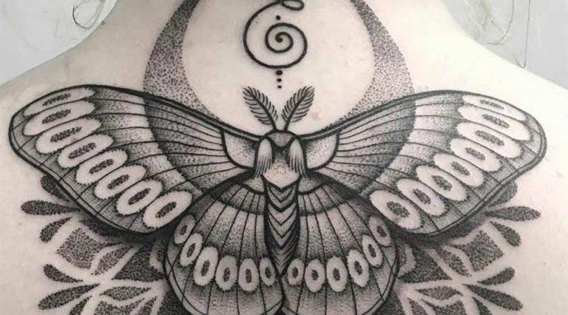 Tatuagem na nuca: símbolos, estilos e 60 fotos inspiradoras