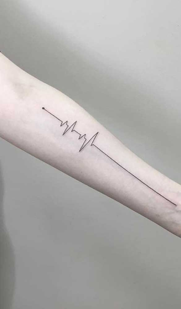 Dá até para fazer uma tattoo batimento cardíaco no braço inteiro.