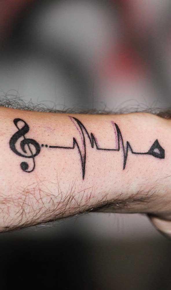 A melodia de uma música pode ser a combinação que você precisava para a tattoo batimento cardíaco.