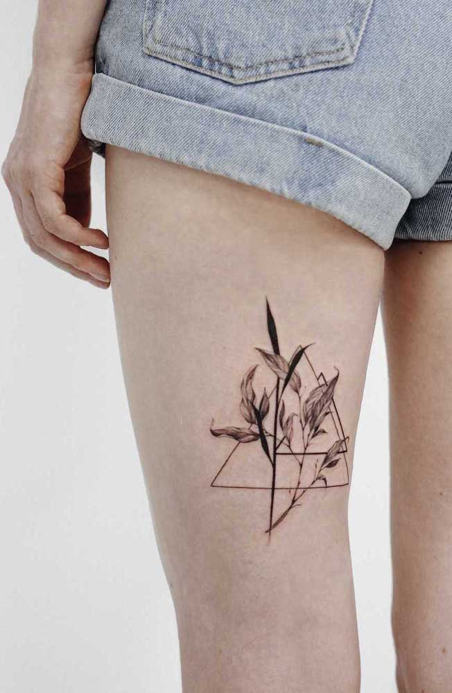 Flores são sempre bem-vindas na hora de fazer uma tatuagem