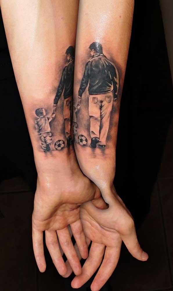 Tatuagem para filho que só se completa quando os pais estão unidos