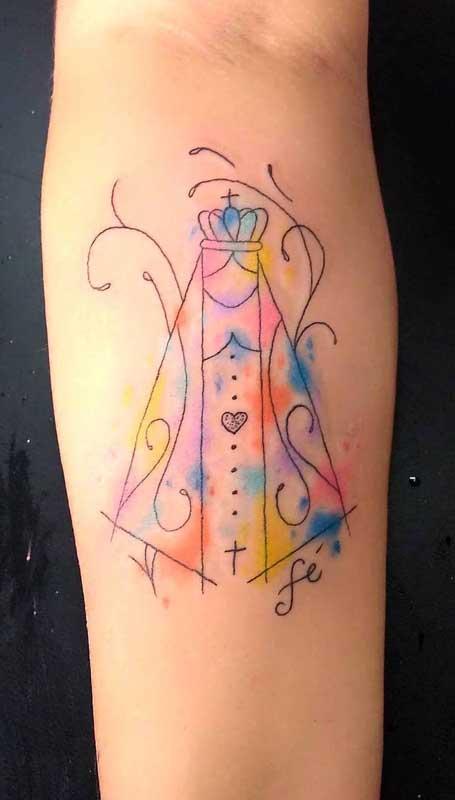Nossa Senhora Aparecida em traços coloridos e minimalistas