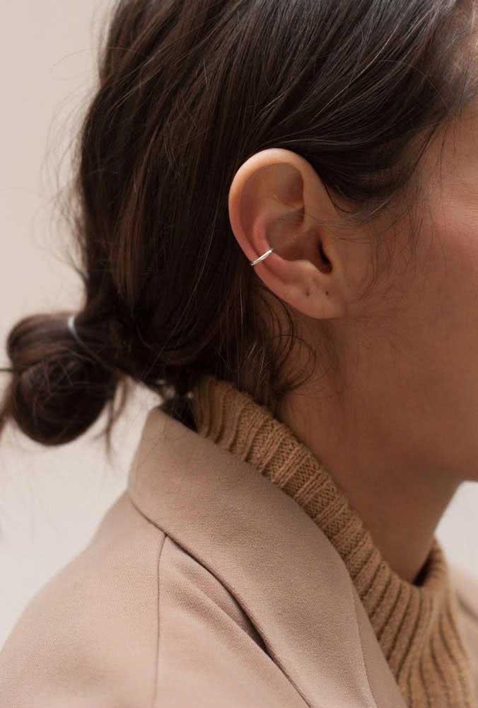 Piercing na orelha snug feminino